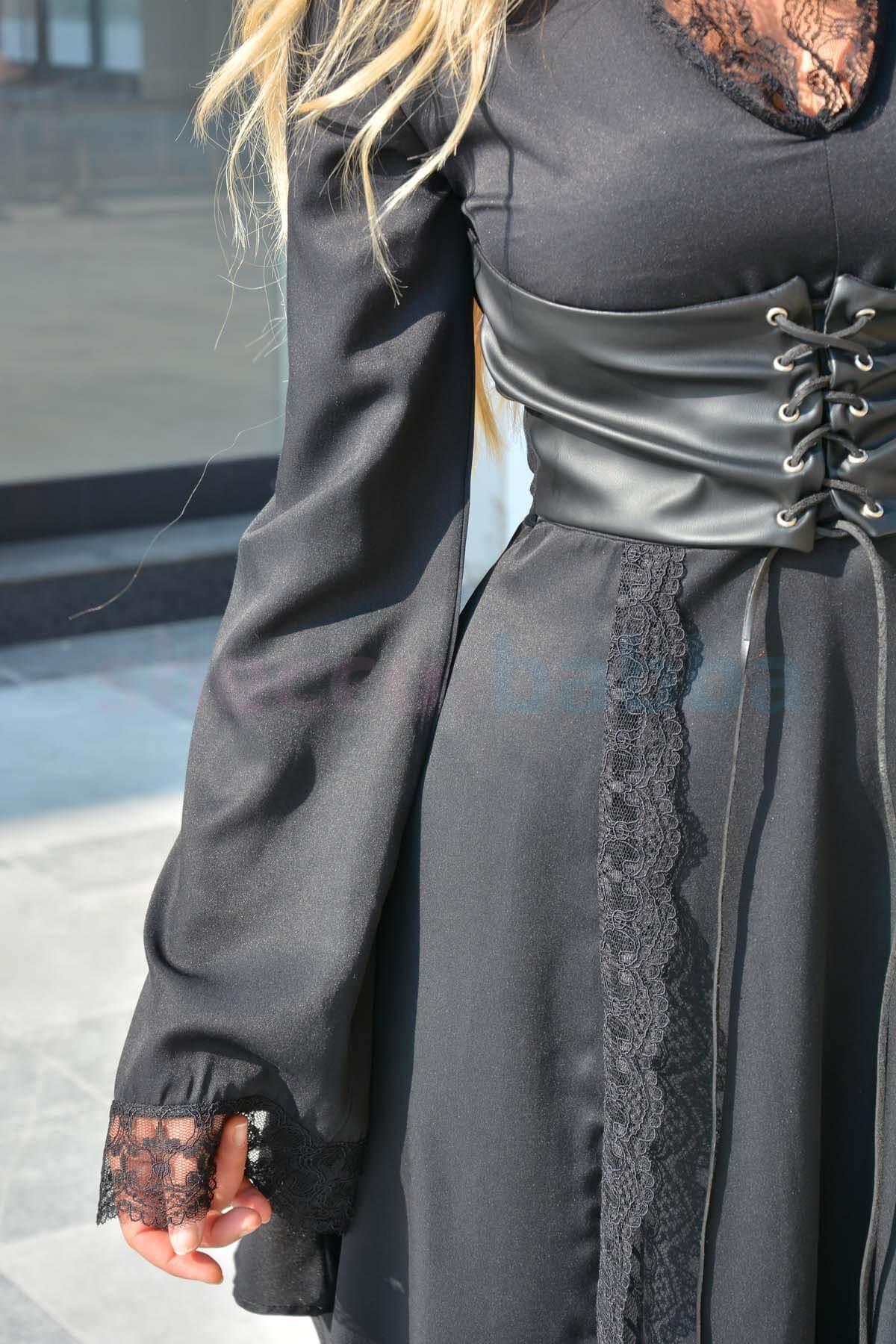 Siyah Kadın Elbise Deri Detaylı